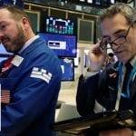 White House optimistic despite wild stock market swings